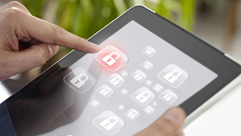 ¿Debemos las familias formarnos en ciberseguridad? - Compartir en Familia
