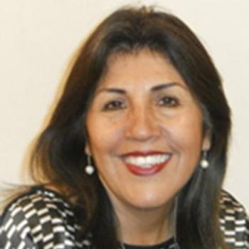 Dina Figueroa Guzmán - Compartir en Familia