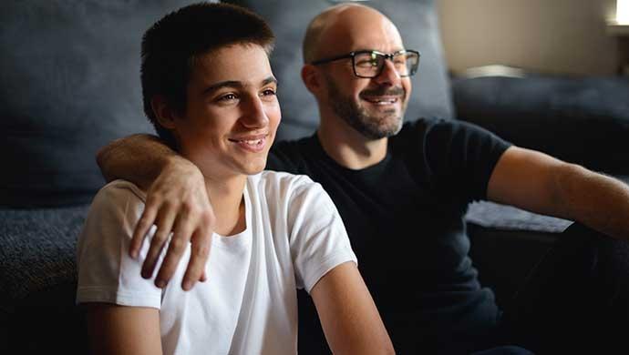 10 películas (con mensaje) para educar a adolescentes - Compartir en Familia