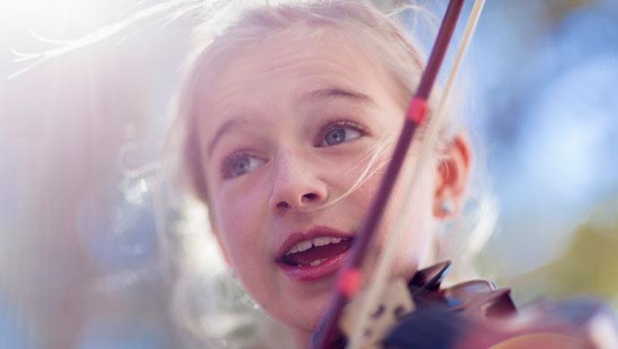 Música y arte para combatir el fracaso escolar - Compartir en Familia
