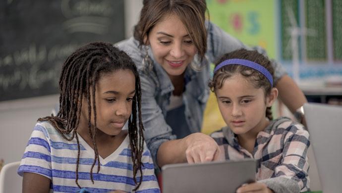 Estudiar con vídeos de YouTube ¿el futuro de la educación? - Compartir en Familia