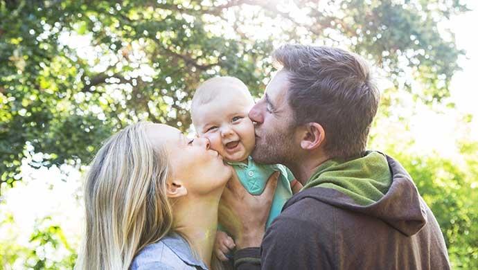 El apego, clave para la felicidad de tu hijo - Compartir en Familia