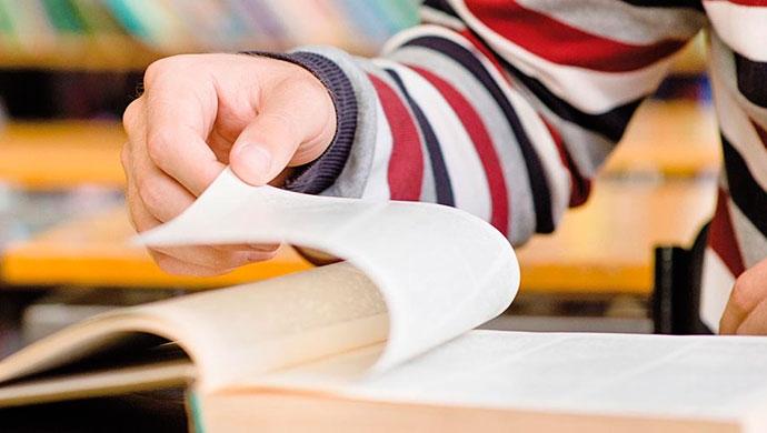 10 beneficios de leer en voz alta - Compartir en Familia