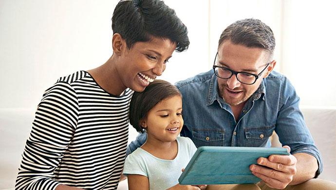 Los 5 mejores canales de YouTube para padres y madres