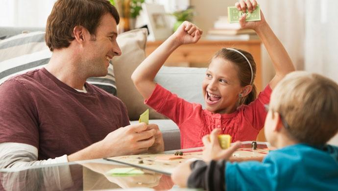 3 Juegos De Mesa Para Divertirse En Familia Compartir En Familia