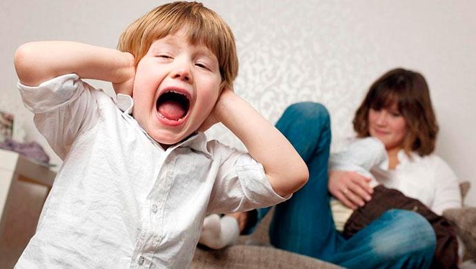 ¡Mi hijo no para de decir palabrotas! - Compartir en Familia