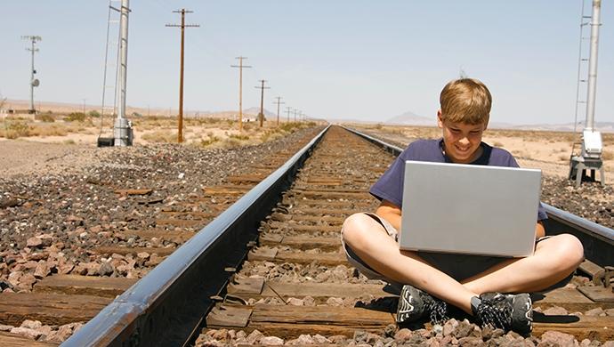 Evitar los retos peligrosos en Internet - Compartir en Familia
