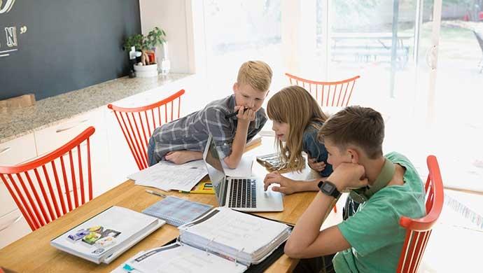 ¿Puedo utilizar o subir cualquier contenido de internet? - Compartir en Familia
