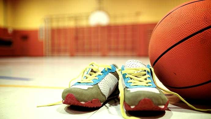 Cómo conseguir que un niño inactivo realice deporte - Compartir en Familia