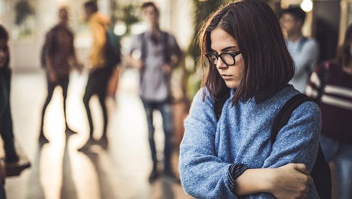 10 consejos que te ayudarán a combatir el acoso escolar - Compartir en Familia