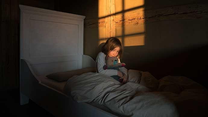 Consejos para ayudar a nuestros hijos a superar los miedos - Compartir en Familia