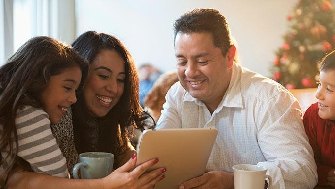 Las 4 mejores apps para jugar en familia - Compartir en Familia
