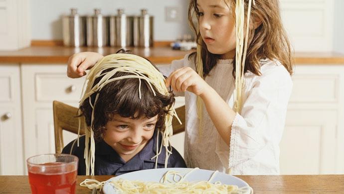 La comida no es un juego - Compartir en Familia