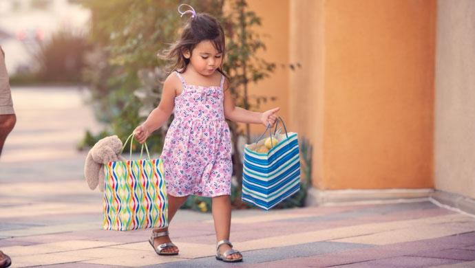 10 consejos para controlar los impulsos consumistas de tu hijo - Compartir en Familia