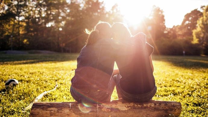 Guía para comprender el enamoramiento en la adolescencia - Compartir en Familia