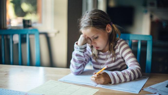 Cómo hacer que tu hija e hijo estudie con eficacia durante el COVID-19 - Compartir en Familia