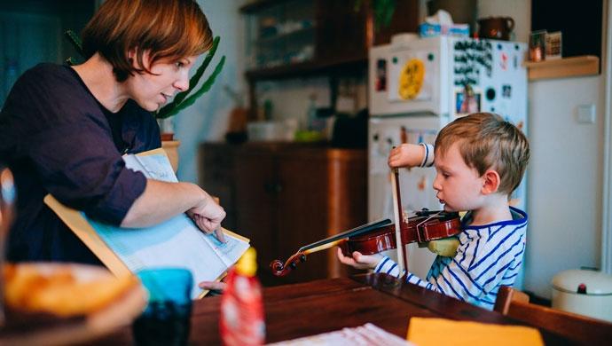 Tiempo en familia para fomentar el aprendizaje por ensayo-error - Compartir en Familia