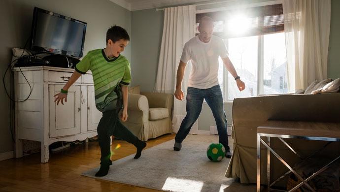 ¿Tenemos que estar siempre entreteniendo a nuestros hijos?